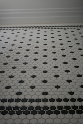 Black And White Hex Tiles With Border Hex Gasm Pinterest